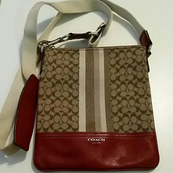 Coach Handbags - Coach Crossbody Purse